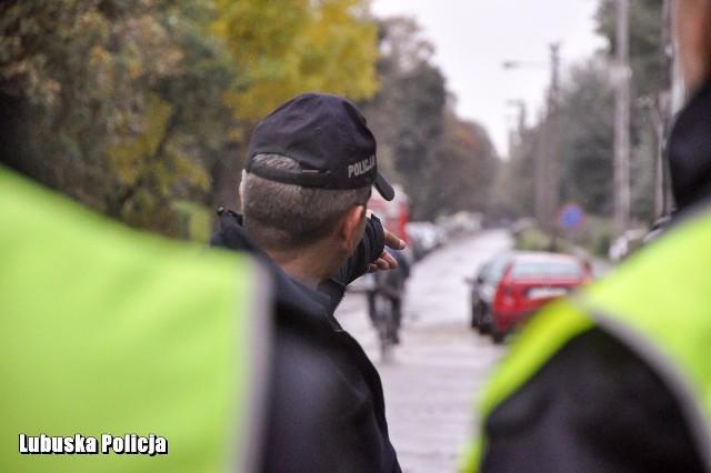 Policjanci, kierowcy MZK i taksówkarze w Gorzowie poszukiwali dwóch dziewczynek.