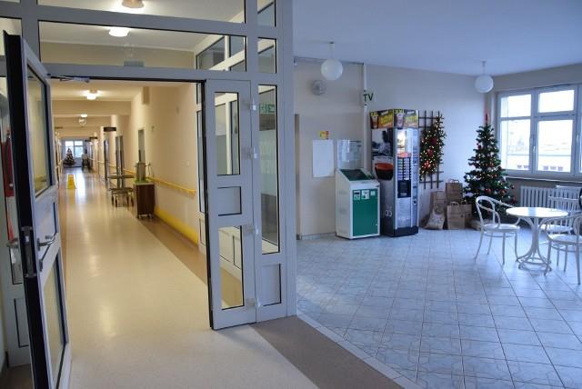 Oddział chorób wewnętrznych w szpitalu powiatowym w Oleśnie