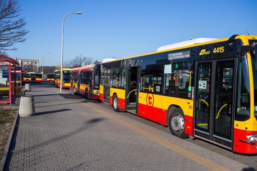 Wypadek autobusu w Warszawie. Kierowca był pod wpływem metamfetaminy