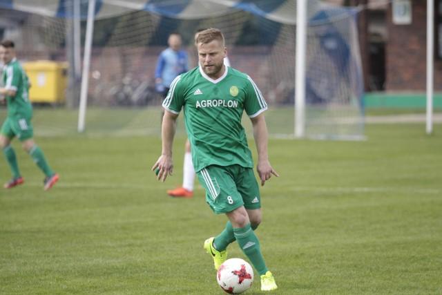 Agroplon Głuszyna z Marcelem Surowiakiem w składzie świetnie sobie radzi w 4 lidze. Teraz przed tą drużyną jednak najtrudniejszy z dotychczasowych testów.