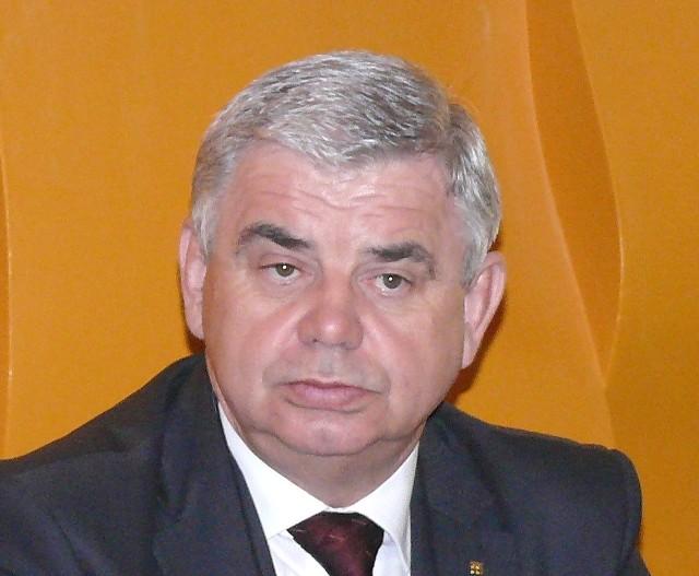 prezes Cementowni Ożarów Andrzej Ptak