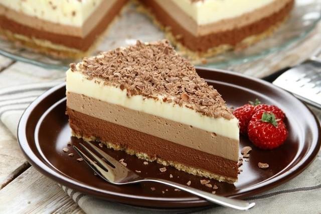Zobaczcie przepisy na szybkie i proste ciasta bez pieczenia.