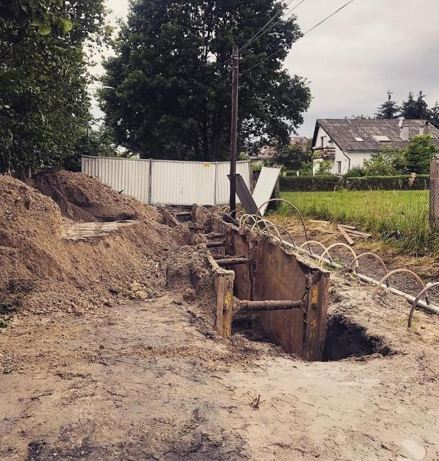 ruszyła budowa sieci kanalizacyjnej