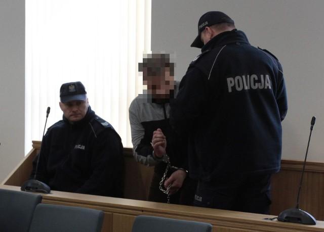 Zabójstwo Danuty Wielochy. Prokuratura oskarża Piotra W. o to, że 16 grudnia 2016 roku wielokrotnie uderzył swoją żonę tępym twardym narzędziem i doprowadził do jej zgonu.