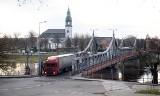 Wkrótce ruszą inwestycje związane z podniesieniem zabytkowego mostu w Krośnie Odrzańskim. Najpierw montaż mostu tymczasowego. Kiedy?