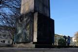Minister Gliński zdecydował, że pomnik w centrum Rzeszowa musi zniknąć