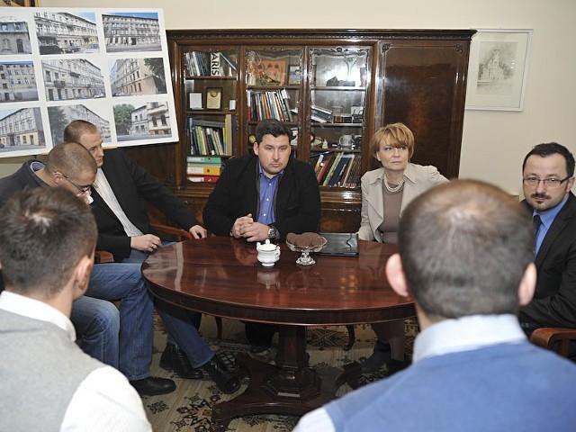 Spotkanie w urzędzie miasta