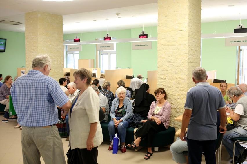 """Projekt """"Solidarności zakłada, że Polacy będą mogli przejść..."""