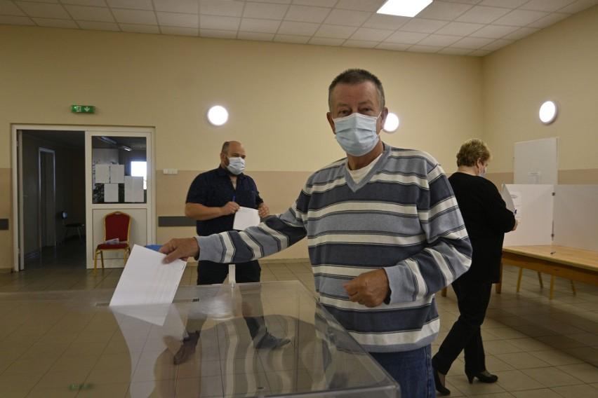 Długa kampania wyborcza nie wpłynęła na decyzję Mariana...