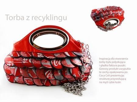 Talk wygląda torebka z puszek Coca Coli, którą zgłoszono na konkurs Targów Kielce.