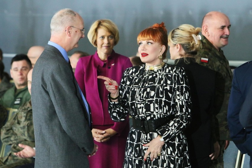 """Andrzej Duda może niebawem spotkać się w USA z Donaldem Trumpem. Kancelaria prezydenta i ambasador USA dementują doniesienia """"DGP"""""""