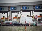 Drogi ekspresowe będą płatne dla samochodów osobowych? Rzecznik resortu: To nieprawda [Aktualizacja]