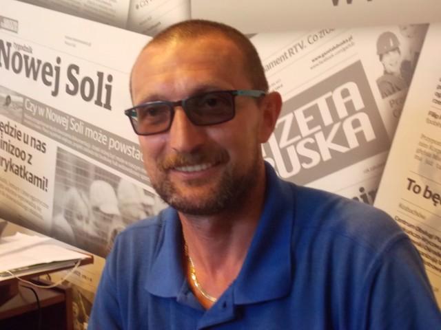 Tadusz Kajder walczy o tytuł Pocztowca Roku 2016. Aby na niego zagłosować, wyślij SMS o treści: GLP.25 na numer 72355 (koszt 2,46 zł z VAT)