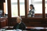 Wyrzuciła noworodka przez okno. 25-latka za Szczecinka w sądzie [zdjęcia]