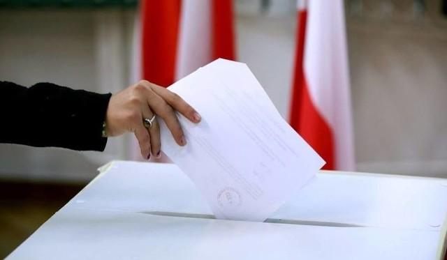 Wybory samorządowe 2018 Siemianowice Śląskie: trwa głosowanie