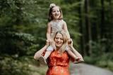 Piękne życzenia dla mamy. Wyjątkowe życzenia na Dzień Matki 2021. Krótkie życzenia dla mamy. Dzień Matki 2021 wierszyki, życzenia 11.05.2021