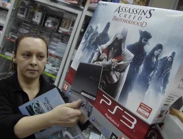 W Empiku w Słupsku można kupić PlayStation 3. Gra zadowoli na pewno wybrednych nastolatków.