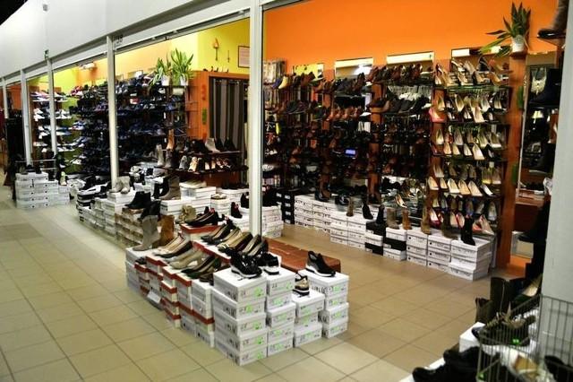 Normalny handel odbywa się we wszystkich sklepach w 3 halach spółki Korej przy ulicy Wernera.