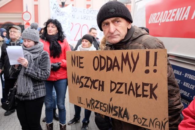 W piątek działkowcy protestowali przed Urzędem Miasta w Poznaniu