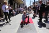 Aleja Gwiazd, czyli filmowa łódź na chodniku przy ul. Piotrkowskiej jest coraz dłuższa