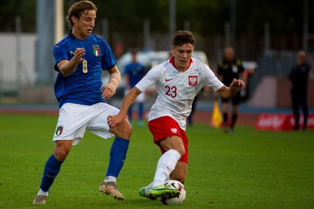 Karol Struski wystąpił w Łomży w reprezentacji Polski do lat 20 w meczu z Włochami