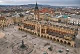Kraków. Za czym tęsknią mieszkańcy? Chcą powrotu na Rynek Główny i spotkań z przyjaciółmi