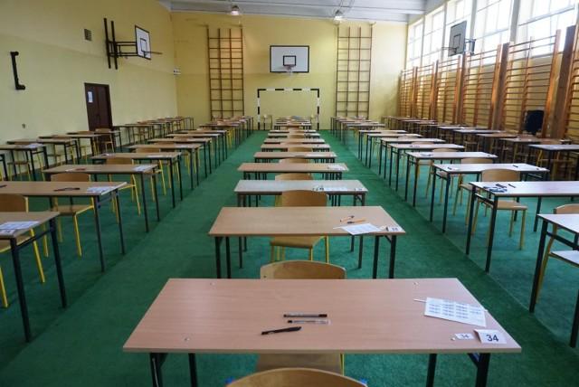 O tym, że zapowiedzi nauczycieli o strajkach podczas najważniejszych egzaminów nie są bez pokrycia, dowiedzieliśmy się na początku stycznia. W poznańskich liceach nie odbyły się egzaminy próbne