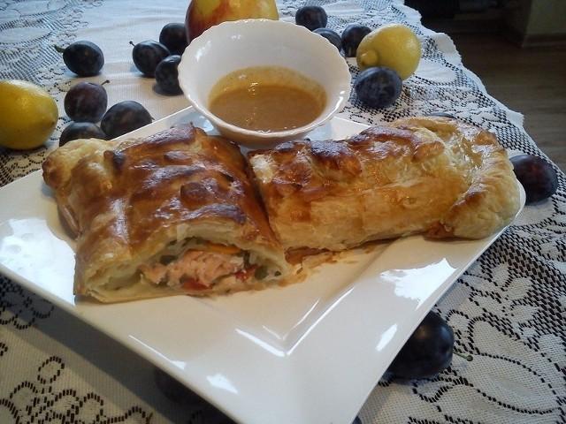 Francuski łosoś z sosem miodowo-musztardowym