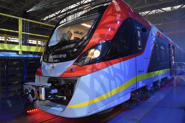 Newag zaprezentował pierwszy pociąg Impuls2. Został wyprodukowany dla Łódzkiej Kolei Aglomeracyjnej
