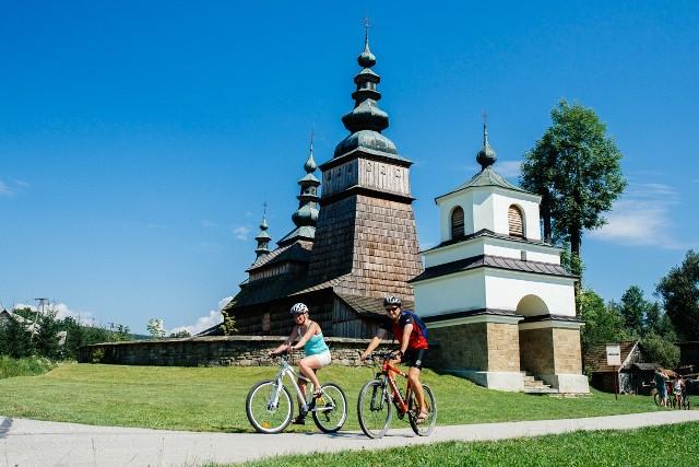 Cerkiew w Owczarach, jedna z najpiękniejszych na Otwartym Szlaku Architektury Drewnianej