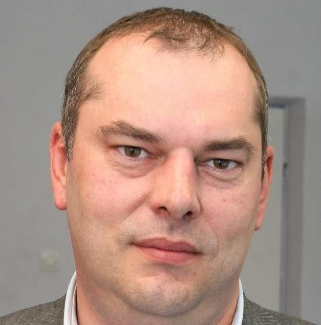 Jarosław Palonka dyrektor kieleckiego oddziału Alior Banku: - Kredyt odnawialny jest wygodną forma dostępu do gotówki, a klient ponosi opłaty odsetkowe tylko od wykorzystanej kwoty. Fot. D. Łukasik