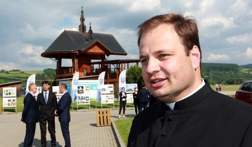 Dziesitki szatynw Stary Scz na randk maletas-harderback.com