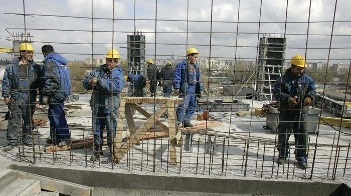 Na pracę można liczyć w tym roku w transporcie, łączności i budownictwie.