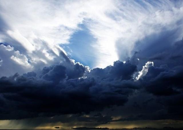 Gdzie jest burza 31.07.2018. Radar burzowy online. Mapa burzowa Polski. Ostrzeżenie meteo przed upałami