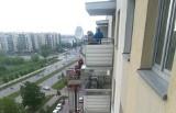 Białystok. Strażacy dostali wezwanie do pożaru przy Żeromskiego 1. Cały blok stanął na nogi (zdjęcia)
