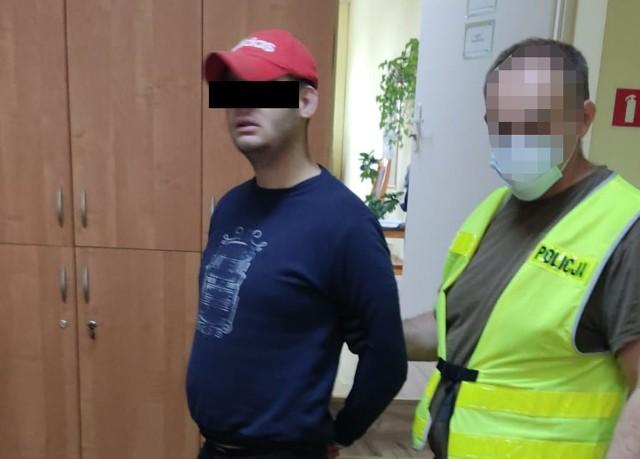 Zatrzymany przez policję 25-latek podejrzany o kradzież roweru i posiadanie narkotyków