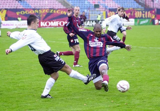 Rodrigo (z prawej) gra coraz lepiej. Na zdjęciu fragment meczu z Górnikiem Łęczna, w którym Brazylijczyk zanotował jeden z lepszych występów w barwach Pogoni.