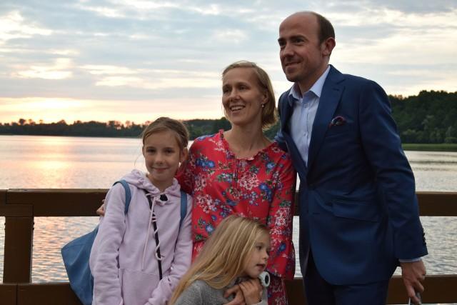 Borys Budka, przewodniczący Platformy Obywatelskiej z wizytą na sępoleńskim molo
