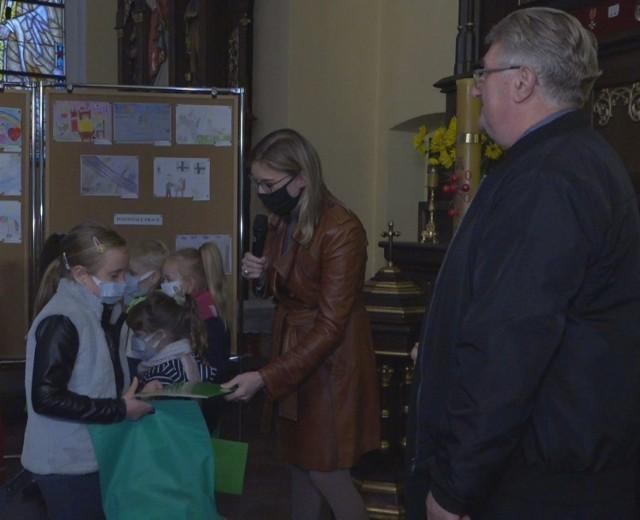 W ubiegłym roku podczas Dni Kultury Chrześcijańskiej dzieciom, które według jury najlepiej namalowały, jak według nich wygląda dobro, wręczono nagrody w Sanktuarium Matki Bożej Brzemiennej