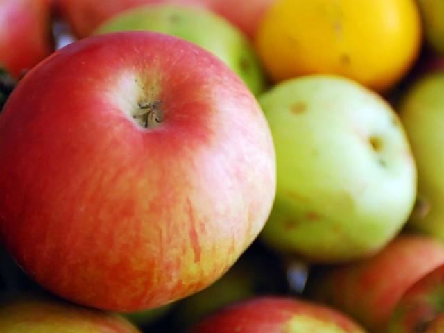 - Do wątróbki najlepsze są kwaśne jabłka- radzi autorka przepisu.