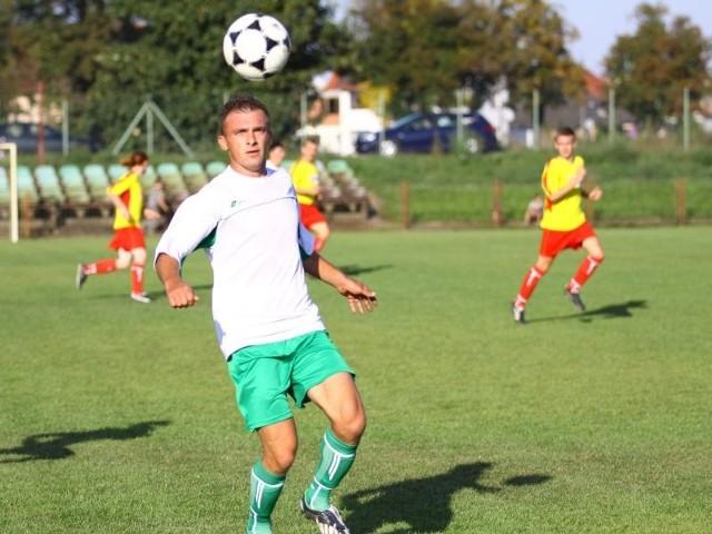 Tomasz Malcherek zdobył gola dla naprzodu Ujazd Niezdrowice