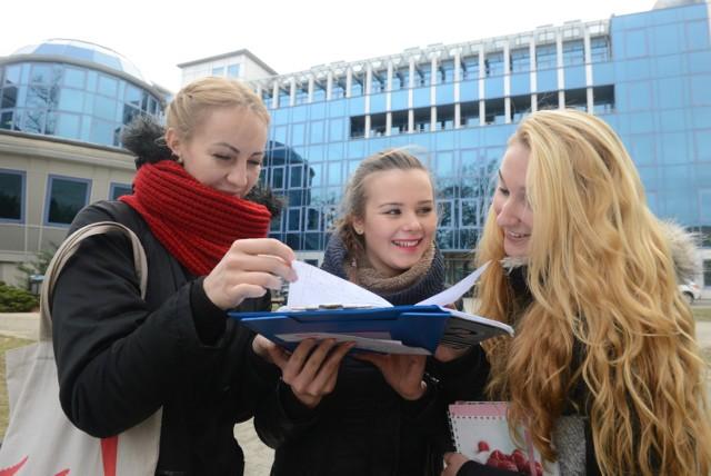 Do 2015 roku mury Uniwersytetu Zielonogórskiego opuściło ponad 61 tys. absolwetnów