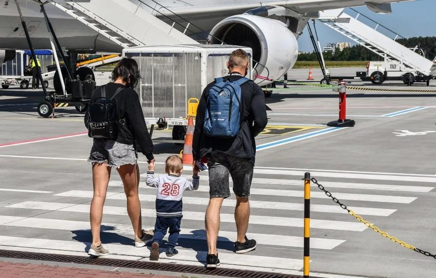 16.06.2021 bydgoszcz lotnisko pierwszy wylot do turcji...