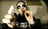Młodszy brat Patryka Jakiego rapuje o miłości do marihuany [WIDEO]