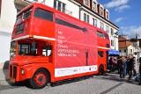Londyński autobus zaparkował na Rynku Kościuszki [zdjęcia, wideo]