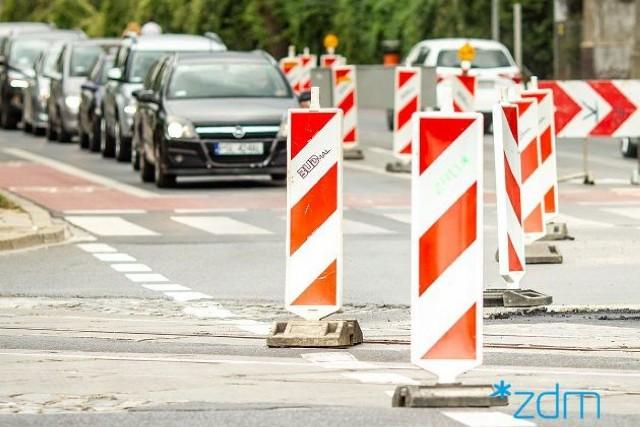 Na niektórych poznańskich ulicach trzeba uważać dzisiaj szczególnie - jazdę utrudniają remonty