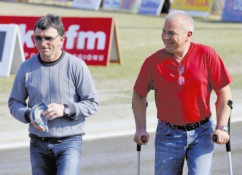 Piotr Pawlicki (z prawej) znakomicie się rozumie z aktualnym trenerem Unii Romanem Jankowskim. W przeszłości obaj stanowili o sile leszczyńskich Byków
