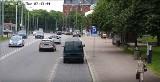 Policjanci z Gdańska na sygnale eskortowali rodzącą kobietę na porodówkę. Dotarła do szpitala na czas. Zobacz film