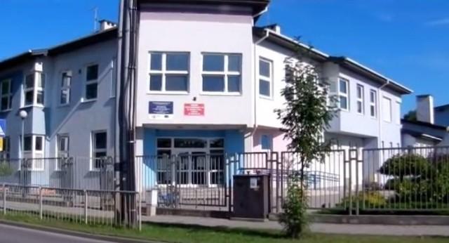 Koronawirus pojawił się w Publicznej Szkoły Podstawowej numer 20 w Radomiu.