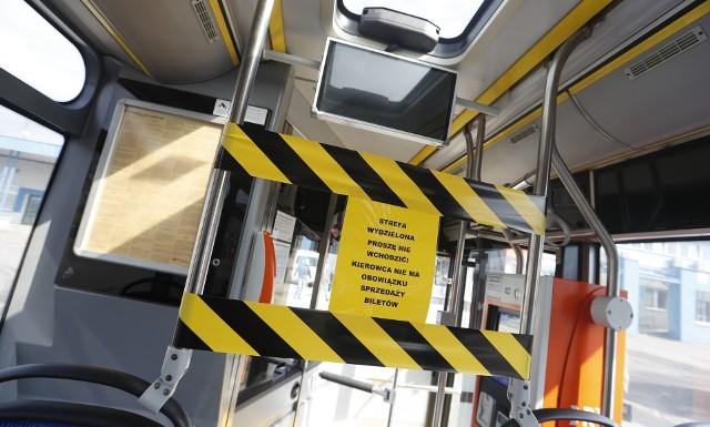 Autobusy MPK Rzeszów są dezynfekowane, wprowadzono tez strefę bezpieczeństwa dla kierowców.